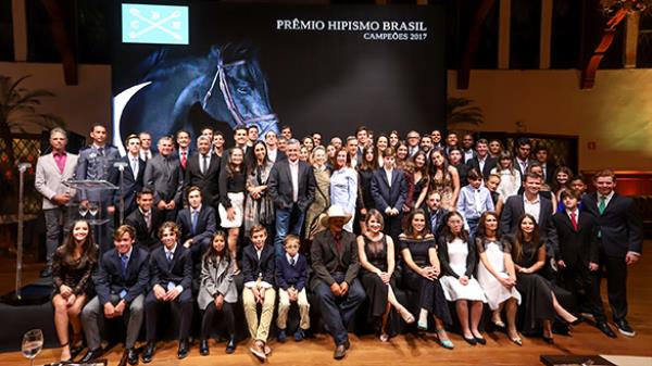 Saiba como foi a cerimônia do Prêmio Hipismo Brasil 2017
