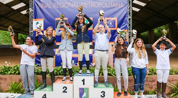 Manège Alphaville vence 4 de 5 títulos na Regional Metropolitana