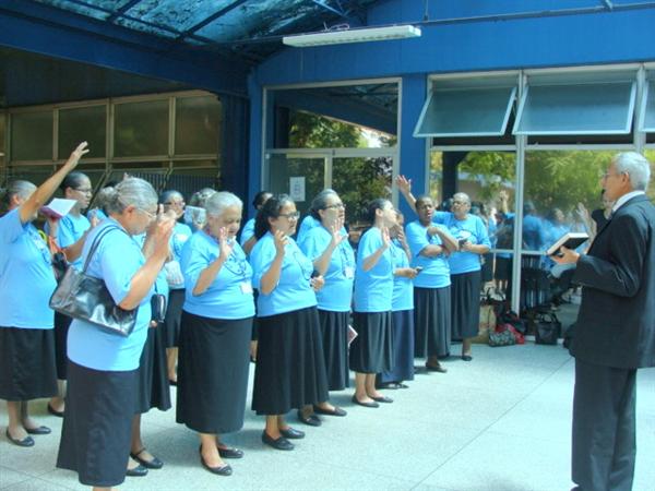 Coro de vozes Deus é amor faz cantata no Hospital de Taipas