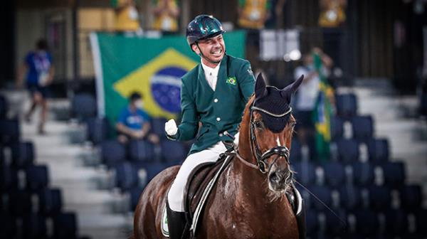 Horse Talks   A incrível história de vida e super
